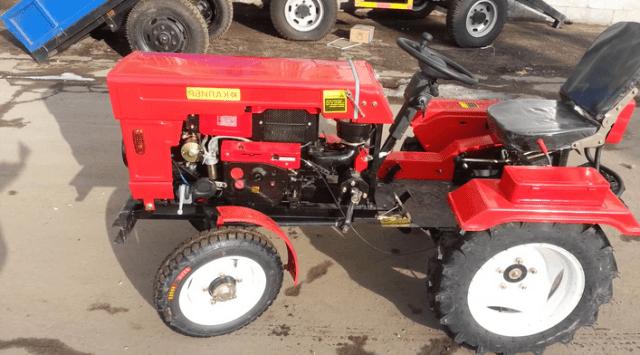 Cаморобний трактор з мотоблока