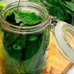 Як зробити малосольні огірки: швидкий рецепт з фото
