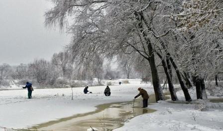 Зимова риболовля - секрети рибалки в Україні відео