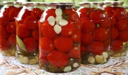 Як консервувати солодкі помідори на зиму: фото рецепт