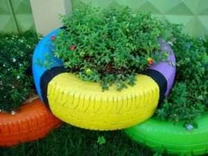 Вироби з шин своїми руками для дитячих майданчиків та саду.