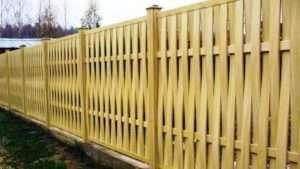 Переваги паркану з дерева