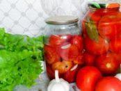 Смачні помідори без оцту на зиму в банках