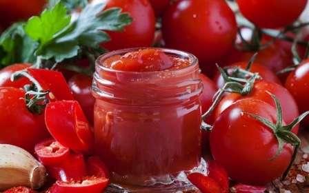 кетчуп з томатів на зиму
