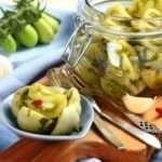 Як засолити зелені помідори в кастрюлі на зиму — покроковий рецепт з фото