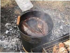 Коптильня для риби з відра